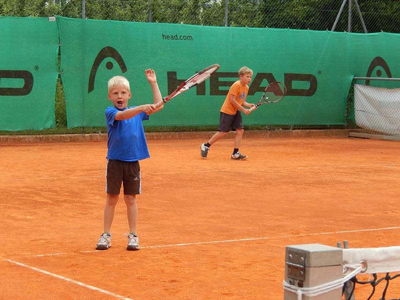 Tennistraining für Kinder